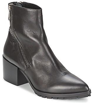 Strategia LYIR women's Low Ankle Boots in Black