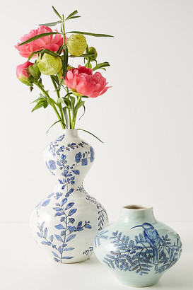 Lisa Ringwood Flora Ceramic Vase By Lisa Ringwood in Mint Size S