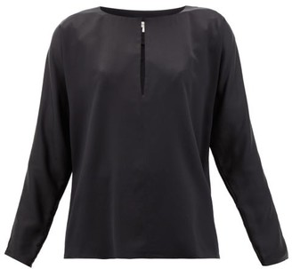 LA COLLECTION Yumi Keyhole Silk-satin Blouse - Black