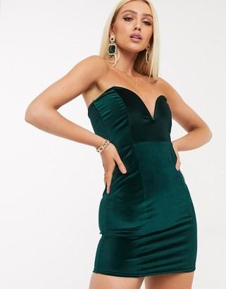 In The Style boned velvet mini dress in emerald
