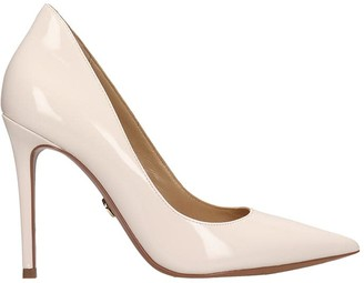 Michael Kors Keke Pump Pumps In Beige Patent Leather