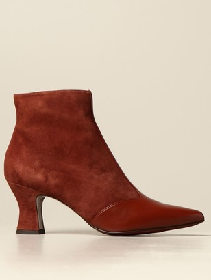 Chie Mihara Vuka Mihara Ankle Boot In Suede And Leather