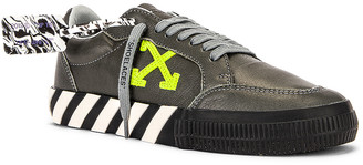 Off-White Low Vulcanized Sustainable Sneaker in Leather Grey & Green   FWRD