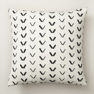 "Indigo Spur Pattern Chalk Ivory Pillow Cover 18"" X 18"""