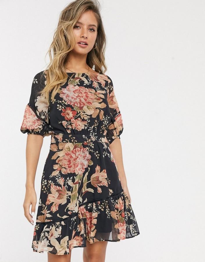 Hope & Ivy ruffle mini dress in navy rose