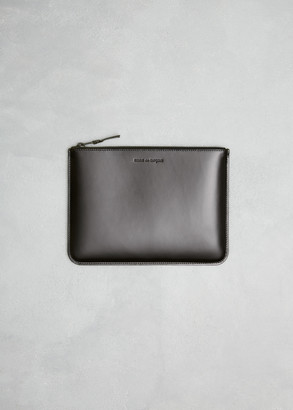 Comme des Garcons Men's Zip Pouch Wallet in Very Black Leather