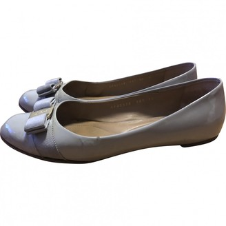 Salvatore Ferragamo Grey Patent leather Flats