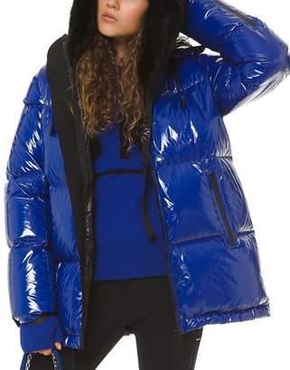 MICHAEL Michael Kors Hooded & Quilted Ciré Down Jacket