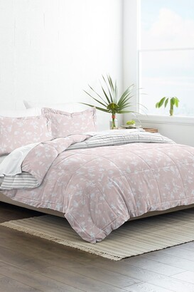 IENJOY HOME Home Collection Premium Down Alternative Pressed Flowers Reversible Comforter Set - Pink