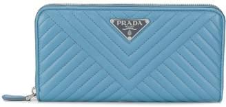 Prada logo plaque quilted wallet