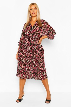 boohoo Plus Rose Floral Pleated Midi Dress