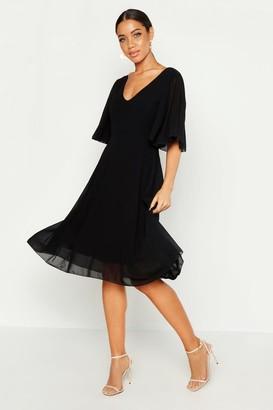 boohoo Cape Detail Chiffon Midi Dress