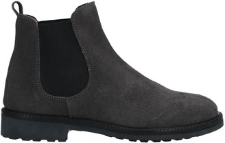 Gallucci Ankle boots