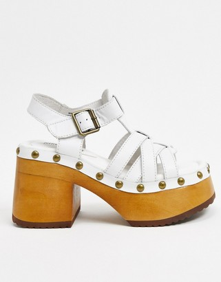 Jeffrey Campbell Ring-It platform strappy sandal in white