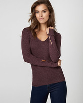 Le Château Rib Tweed Texture V-Neck Sweater