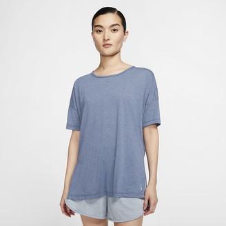 Nike Women's Short-Sleeve Top Yoga