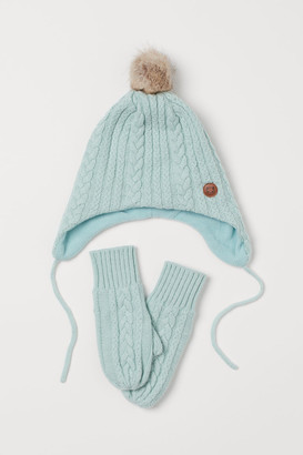 H&M Cable-knit hat and mittens