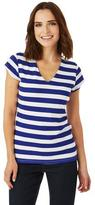 Nygard Collection V-Neck T-Shirt