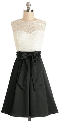 Mystic Fashion Nuanced Narrator Dress in Black