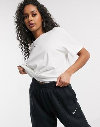 Nike central swoosh oversized boyfriend t-shirt in white