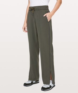 """Lululemon On the Right Track Pant 31"""""""