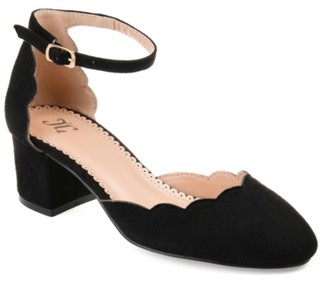 Journee Collection Edna Pump