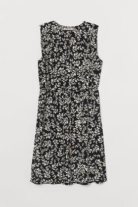 H&M Tie Belt Dress - Black
