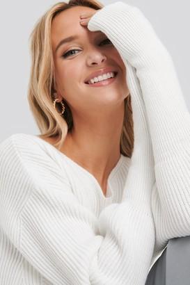NA-KD Notched Neckline Ribbed Sweater Black