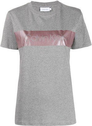 Calvin Klein metallic-band logo T-shirt