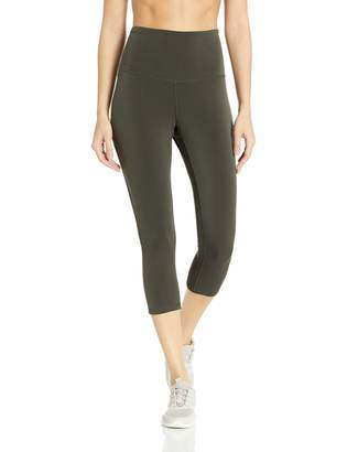 Amazon Essentials Women's Performance High-Rise Capri Active Legging