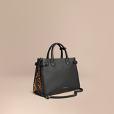 Burberry The Medium Banner in Leather and Calfskin