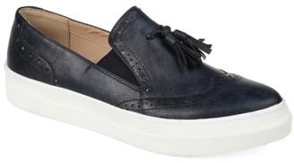 Journee Collection Alisha Wingtip Slip-On Sneaker