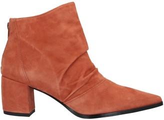 Estelle Ankle boots
