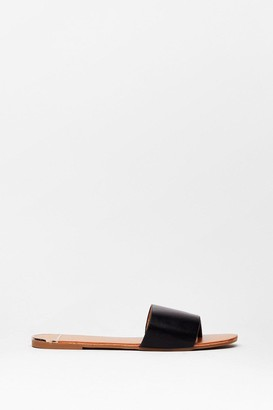 Nasty Gal Womens Toe Matter What Faux Leather Flat Sandals - Black