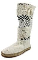Sanuk Snuggle Women Round Toe Canvas White Winter Boot.