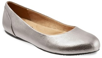 SoftWalk Sonoma Ballet Flat