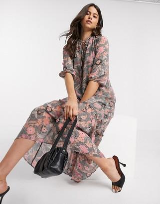 Vero Moda chiffon midi dress with tie neck in paisley floral