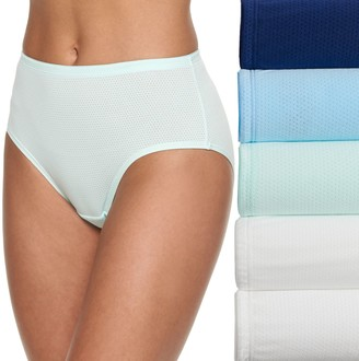 Fruit of the Loom Women's Signature 5-pack Breathable Micro Mesh Low Rise Briefs 5DBKLRB