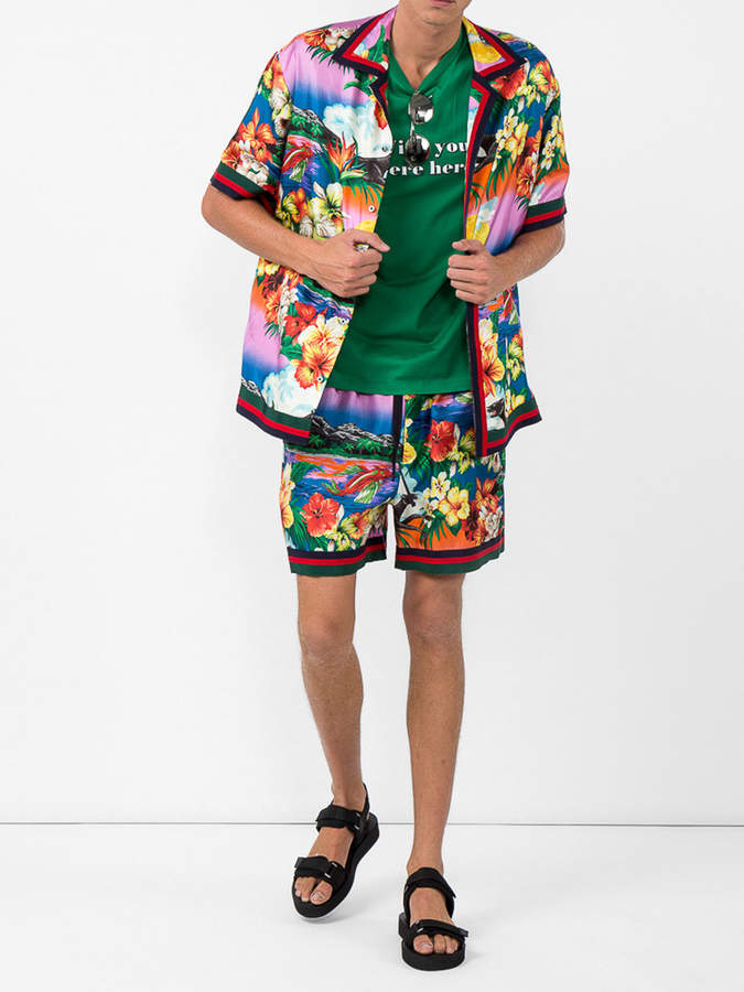 Gucci Tropical print shorts