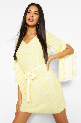 boohoo Ditsy Floral Print V Neck Wide Sleeve Shift Dress