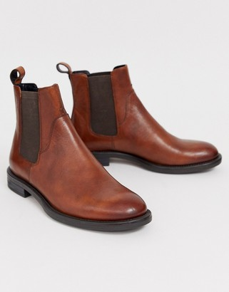 Vagabond Amina chelsea boots in brown leather