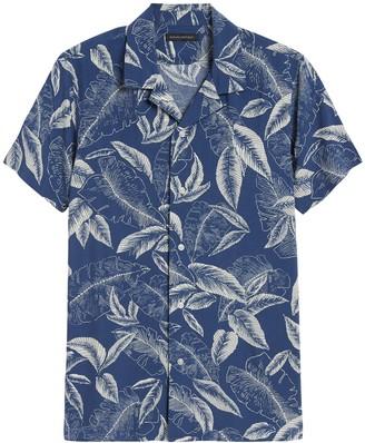 Banana Republic Slim Soft Resort Shirt