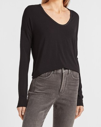 Express Relaxed Soft V-Neck Metallic Trim Tee