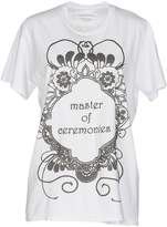 Master Coat T-shirts