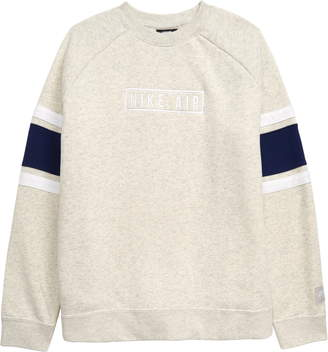 Nike Long Sleeve Crewneck Sweatshirt