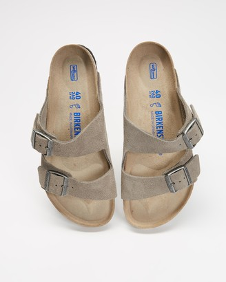 Birkenstock Grey Sandals - Arizona Soft Footbed Regular - Unisex - Size 41 at The Iconic