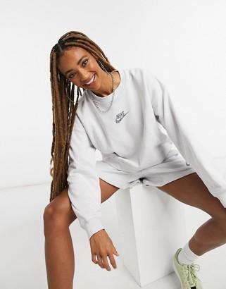 Nike Move To Zero sweatshirt in light grey