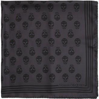 Alexander McQueen Skulls Print Silk Twill Scarf