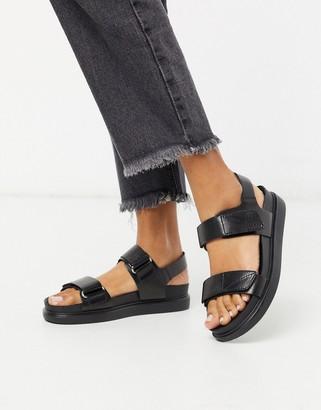 Vagabond Erin leather strap sandals in black