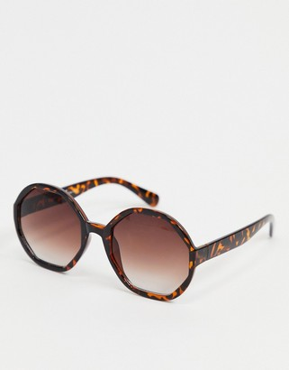 A. J. Morgan AJ Morgan hexagon sunglasses in tortoise shell